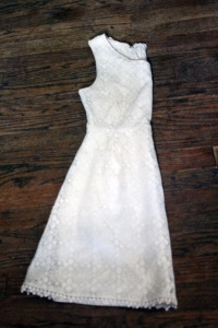 Petite friendly lace dress. | petitely packaged